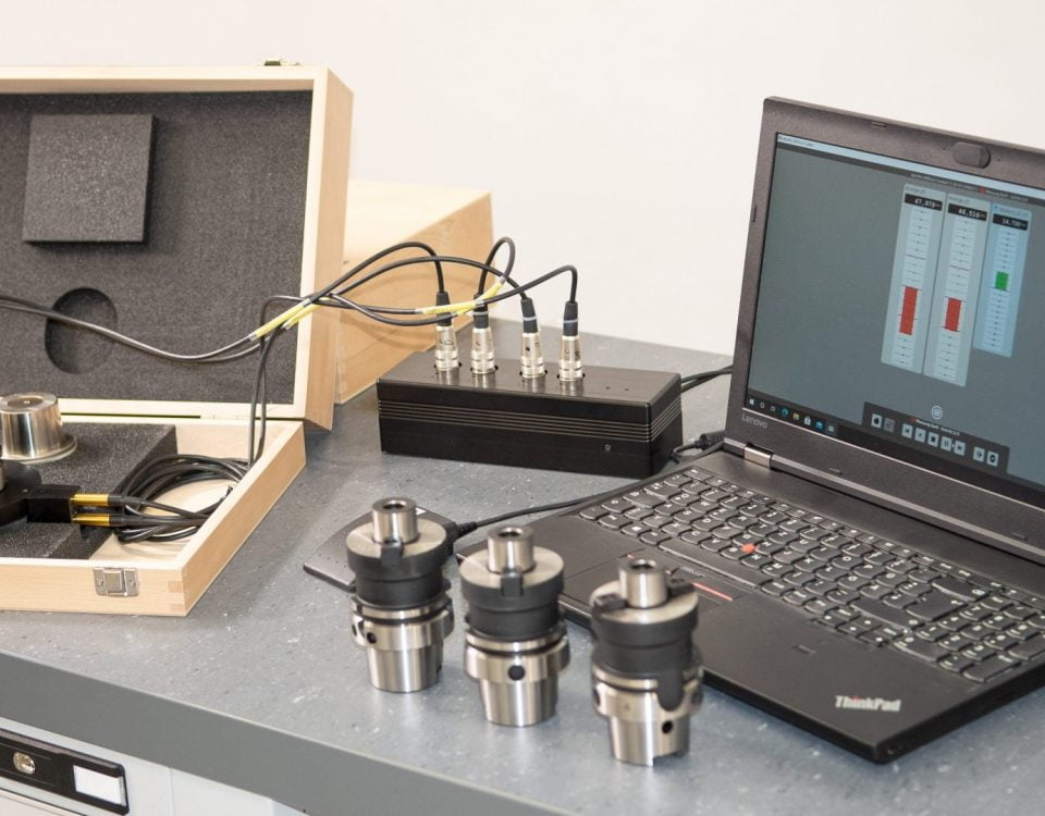 The portable system allows quick measurements with preprogrammed programs for all HSK sizes.